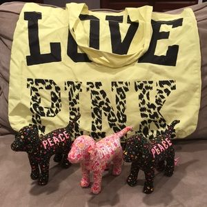 Pink dogs and bag gift set! 3 new pinks dogs! 🐶